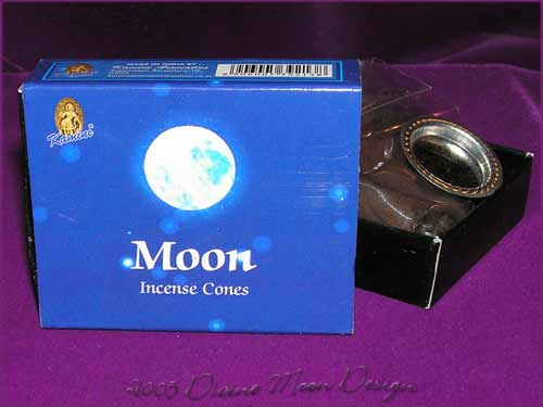 Box of Kamini Aromatics INCENSE CONES - MOON